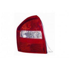 Feu arrière gauche sans partie électrique pour Kia Cerato de 2004 à 2006 version 5 portes