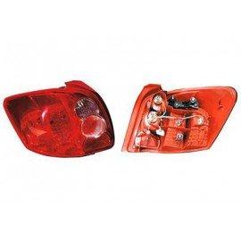 Feu arrière gauche sans partie électrique type Farba pour Toyota Auris de 2007 à 2009 produite en UK